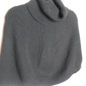 Banana Republic Back Cropped Cape Capelet Sweater